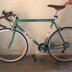 Sælger denne super fede SCO Verdensmestercykel, fordi jeg aldrig har brugt den og får det heller ikke gjort.   Så skriv 🚴🏻♂️