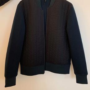 Neil Barrett jakke