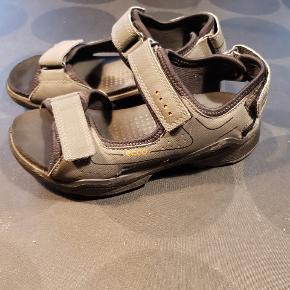 Fine Ecco sandaler.  Giver god mængderabat ved køb af flere ting fra min profil.  #30dayssellout