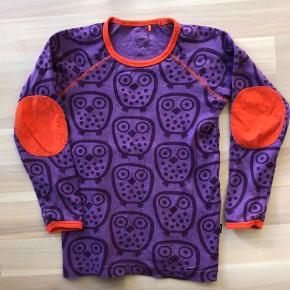 16d702e4811d Varetype: Lilla bluse med ugler Farve: lilla Flot lilla bluse str 110 med  ugler. Ej Sikke Lej Tøj til piger