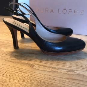 Pura Lopez stiletter