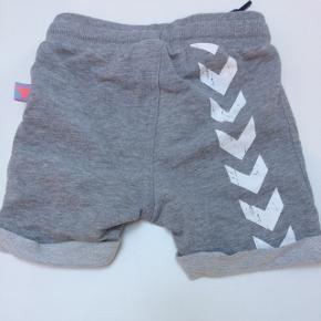 Næsten nye shorts. Kun brugt få gange.  Str 74.