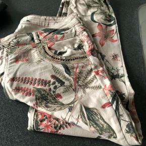 Tre par bukser. Sælges samlet