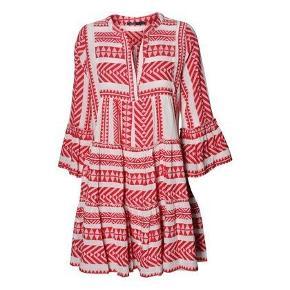 Smuk kjole fra græske devotion. Nypris 1499.
