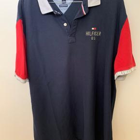 Sælger denne polo shirt i super fin stand