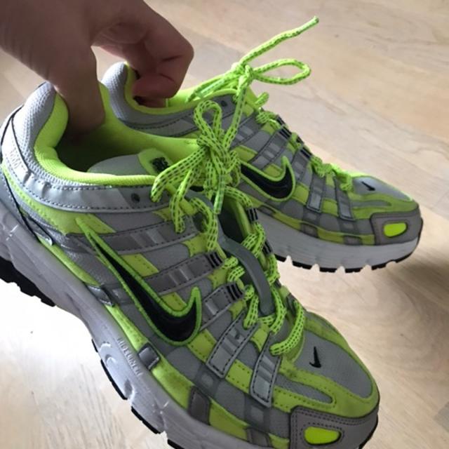 Nike P 6000 Neon Green