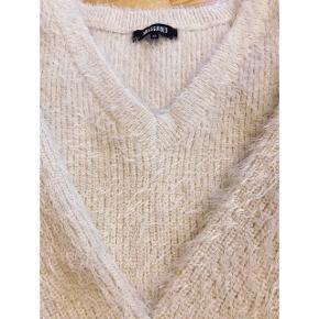 Råhvid strikkjole fra Missguided str. 10 Brugt få gange   Sweaterkjole / kjole / strik / sweater / mini / minikjole