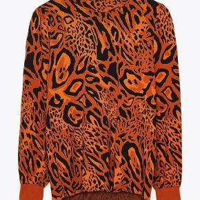 Bluse fra det spanske mærke Uterque.