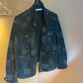2-Biz tøj