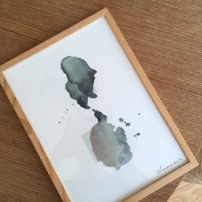 Ramme med kunst af Nanna Kill. Byd! Der er to billeder
