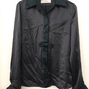 Ægte silke skjorte så flot m mange fede finesser brugt en gang    #30dayssellout