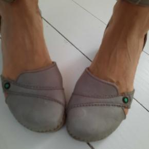 El Naturalista sandaler