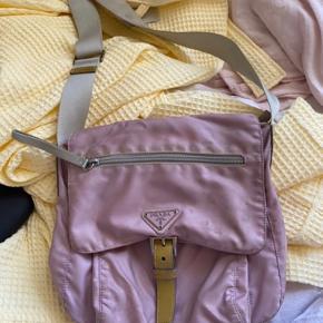 Sælger min Prada taske