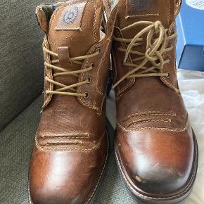 Bugatti støvler