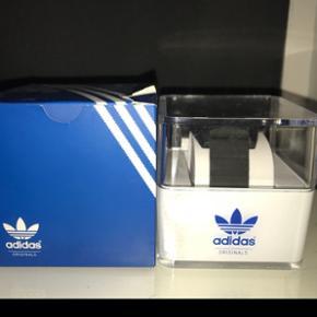 BYD på mit lækre og ubrugte Adidas sports ur