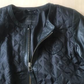 Gestuz jakke