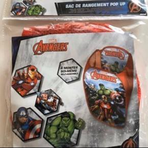 Helt ny Avengers opbevaring, sender gerne.