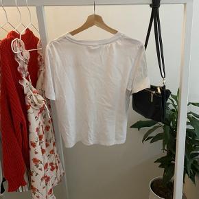 Love T-shirt fra H&M