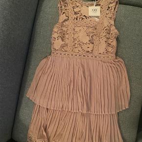 Golden Days kjole