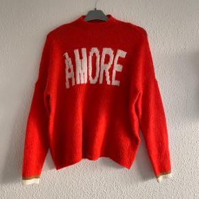 Super lækker sweater fra Only. Kun brugt få gange. Byd