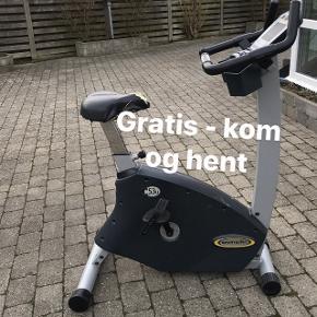 GRATIS - Kom og hent  Kondicykel fungere, som den skal. Som man kan se på billederne er sædet meget slidt, og knapperne på cykel mangler.