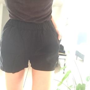 Fine Vero Moda shorts str XS, brugt kun et par gange