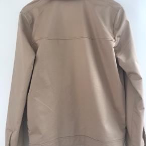 Super lækker jakke brugt een gang til konfirmation - str 44