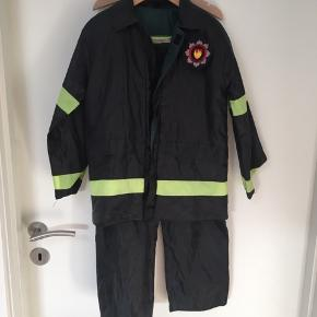 Brandmand, paramediciner eller politimand  Str.116-128