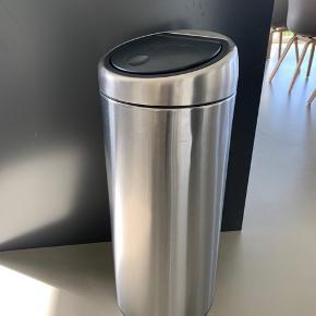 Brabantia 30 liter skallespand med tryk åbning