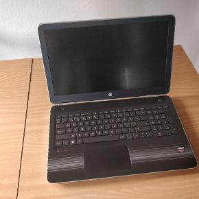 HP Pavilion 15-aw027no, købt i juli 2017. Jeg sælger den, da jeg har købt ny PC. Den fungerer fremragende som skole-/arbejdscomputer. Den er i god stand, og fungerer som den skal. Dog sidder den ene gummifod en smule løst i den ene ende, og den mangler en enkelt skrue i bunden (ikke noget der betyder noget, den sidder stadig godt sammen).  Den er købt på tilbud for 4.671 kr., og da den er udgået har jeg ikke kunne finde en nypris på den. Dog mindes jeg at den kostede omkring 6.000 kr. uden tilbud.  Original oplader medfølger, og købsbevis haves.