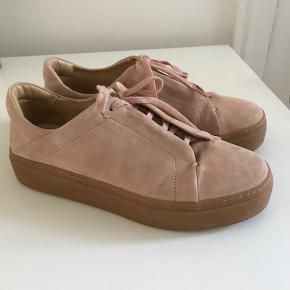 COS sneakers