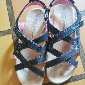 Topway sandaler