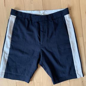 Lækre Wood Wood shorts i str. Medium.
