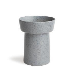 Jeg sælger denne grå vase fra Kähler. Den er aldrig brugt.  • Hentes i Aarhus C • Sendes med DAO på et ansvar