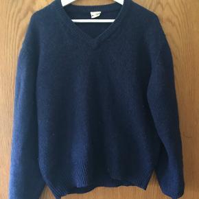 Burton Menswear London sweater