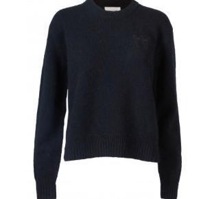 Brugt få gange. Dejlig sweater fra Wood Wood i str S! Åben for bytte og bud   Tags: Tommy Hilfiger, Wood Wood, s, xs, ASOS, weekday, strik,