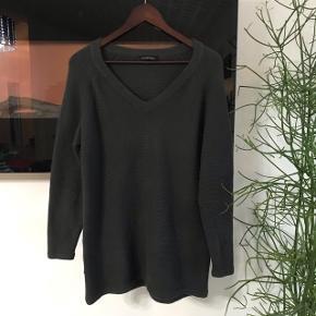 Fin sweater fra Won Hundred Fejler intet Fitter fra xs til m  Mp 130kr