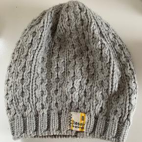 Diesel hat & hue