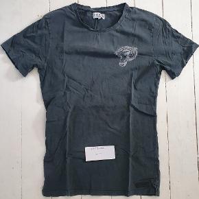 Just Junkies t-shirt