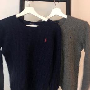 Jeg sælger både min grå og min blå sweater fra Ralph Lauren. De er begge lavet af cashmere.  Np var 1000 pr trøje Køb 1: 350kr Køb 2: 600kr 💖