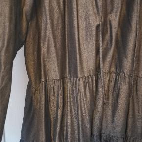 Flot Oversize kjole i str m/l Mørkegrå mørk denim