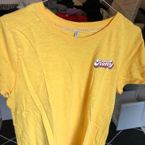 ONLY t-shirt
