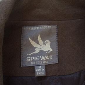 Jakke fra Spiewak med foer og både knapper og lynlås