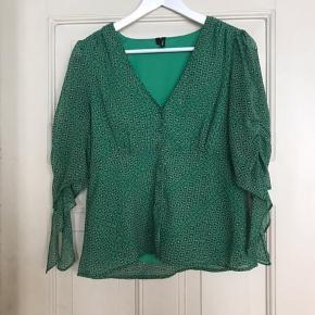 Vero moda bluse, str. S. Nypris 299, brugt få gange, byd