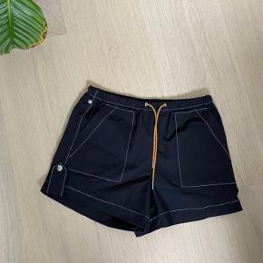 Ganni shorts brugt 2 gange