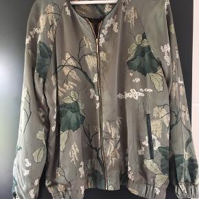 Smuk jakke / cardigan