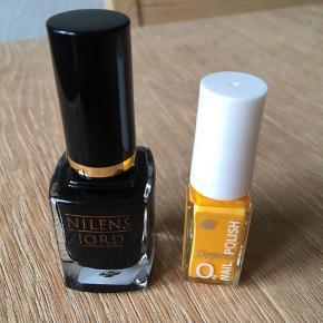 Nilens jord neglelak i sort, brugt af en gang. Lille gul neglelak, kun lige testet på en negl. Sælges samlet til 65 kr.
