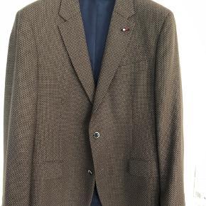 Brun blazer fra Tommy Hilfiger Tailored Str 56/XXL  BYD