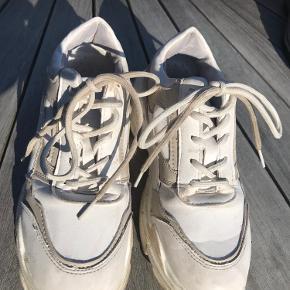 9fashion sneakers