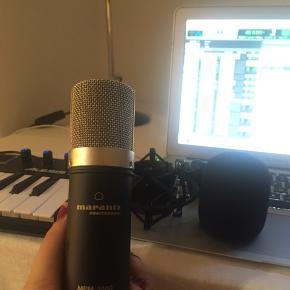 Helt ny studie mikrofon! Bliver solgt med skum og mikrofon holder